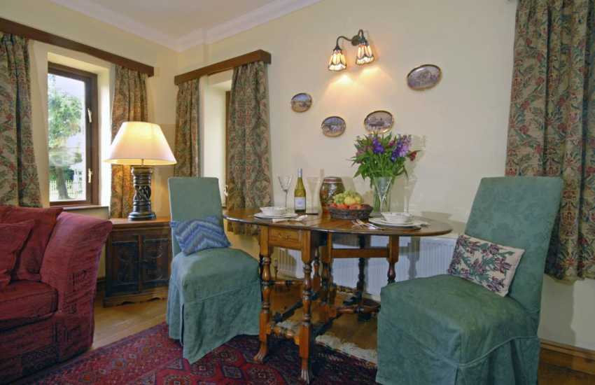 Llangrannog holiday home - open plan living/dining room