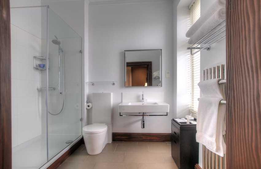 Mountain shower room