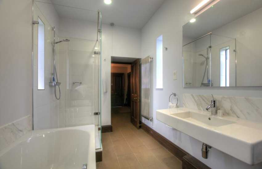 Meadow bathroom
