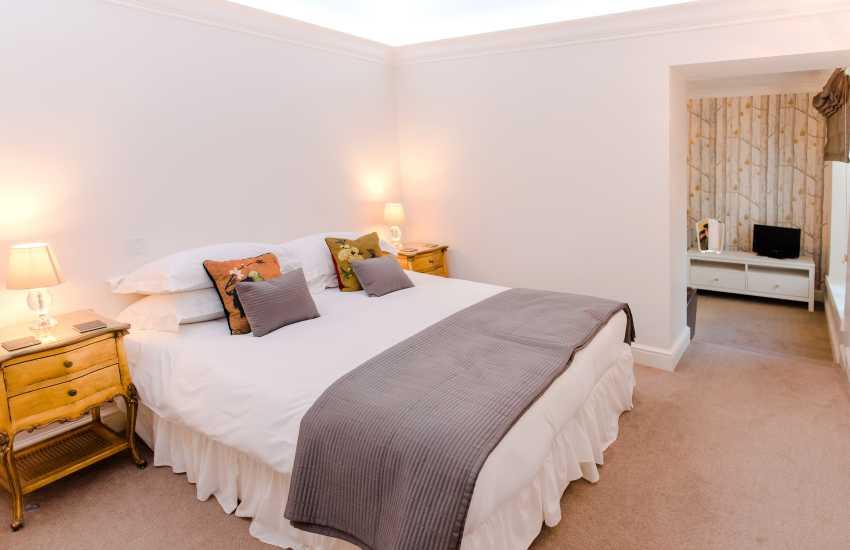 Rhossili bay nearby holiday home - family bedroom