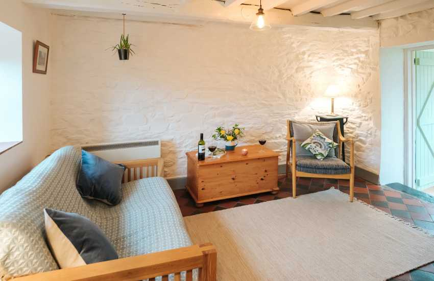 Llangadog nearby holiday cottage - lounge