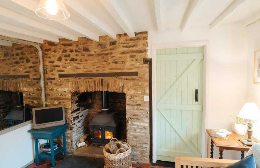 Cosy cottage holiday for two - lounge