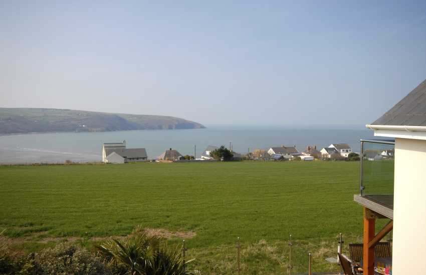 Gwbert holiday house - master bedroom views to Poppit sands