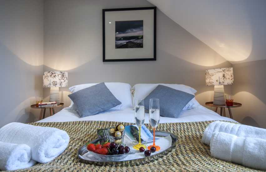 St Davids luxury holiday apartment