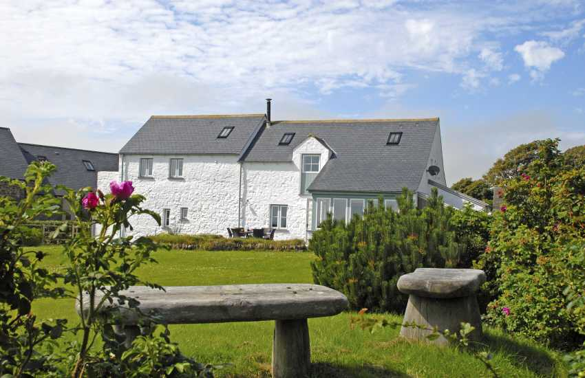 Solva holiday house with lawned gardens