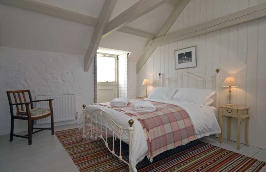 Master en suite king size bedroom
