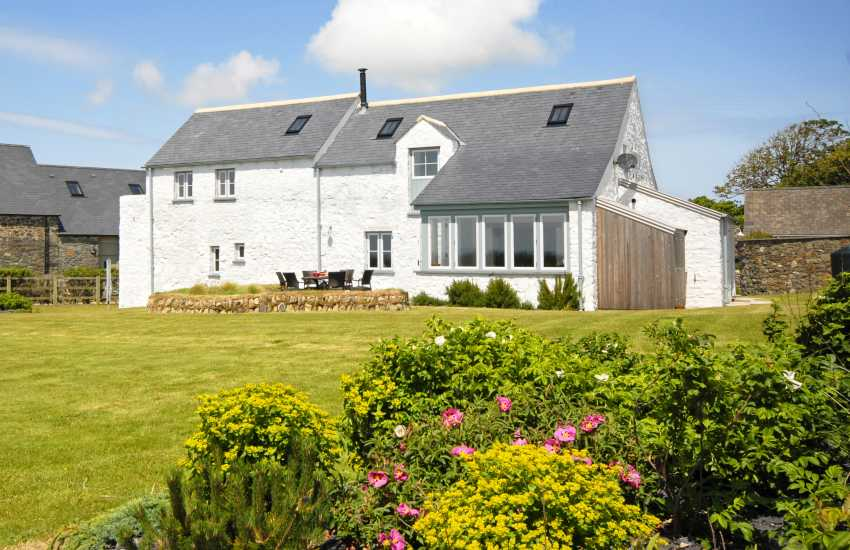 Solva - 18th century Pembrokeshire malt house on the Coast Path