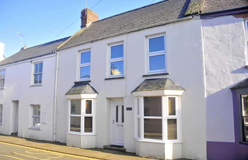 Holiday cottage St Davids Pembrokeshire - exterior