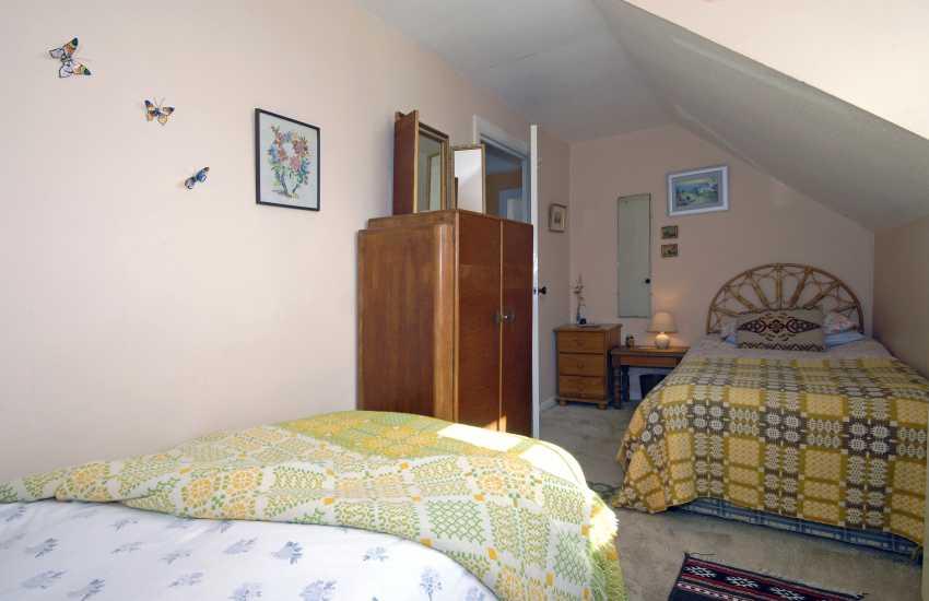 Solva cottage sleeps 4 - twin