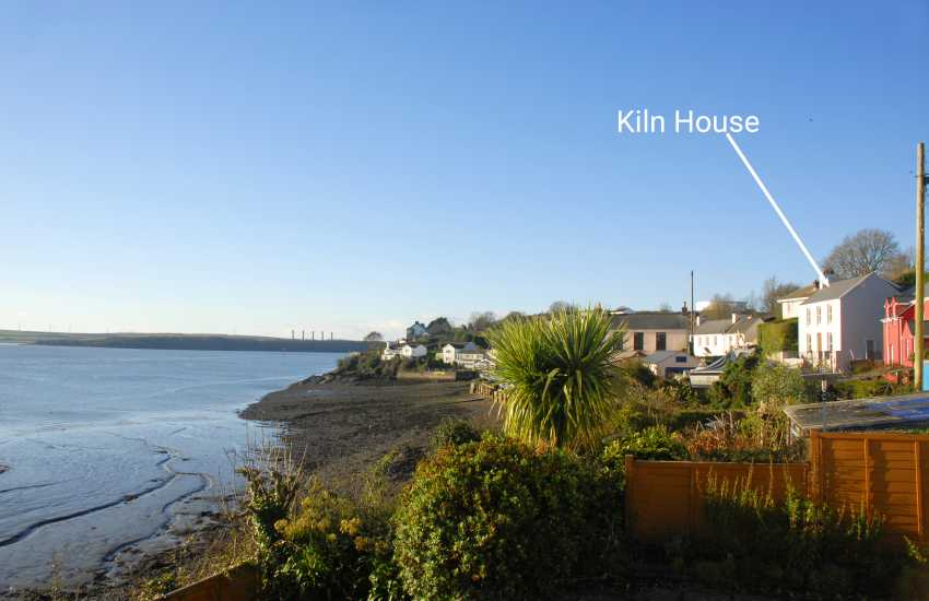 Holiday cottage with sea views