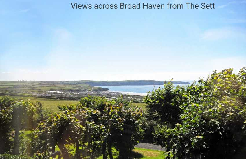 Broad Haven holiday cottage with sea views