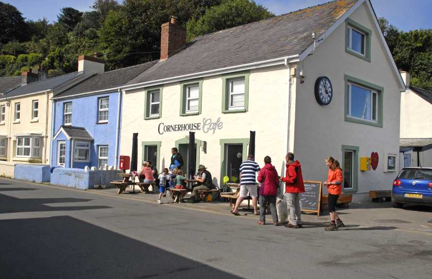 Do visit The Cornerhouse Cafe, Little Haven for breakfast, coffee, lunch and delicious homemade deserts