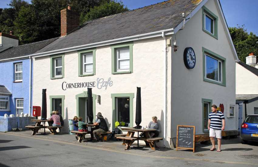 Do call at The Cornerhouse Cafe, Little Haven for breakfast, coffee, lunch and delicious homemade deserts