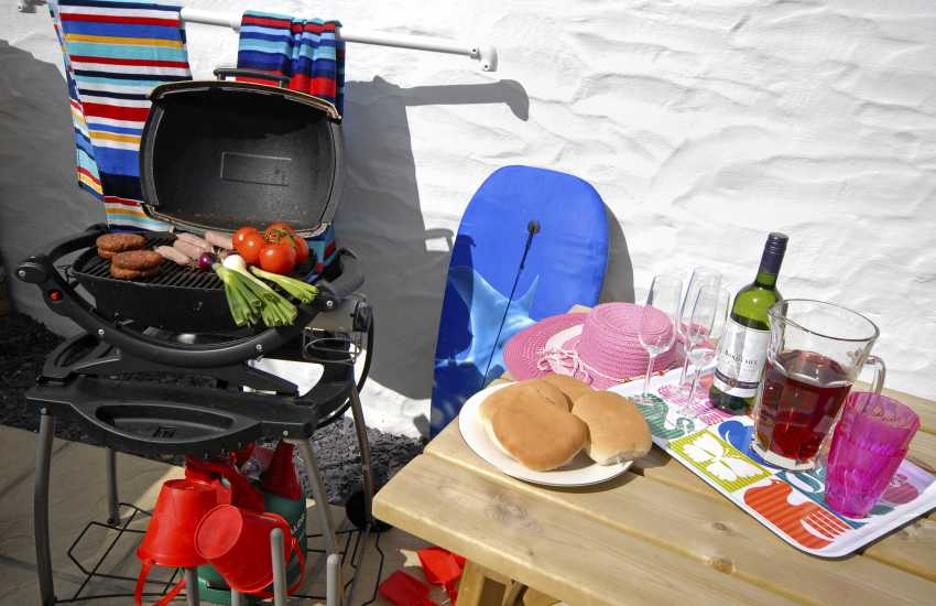 St Davids holiday cottage with Weber gas BBQ