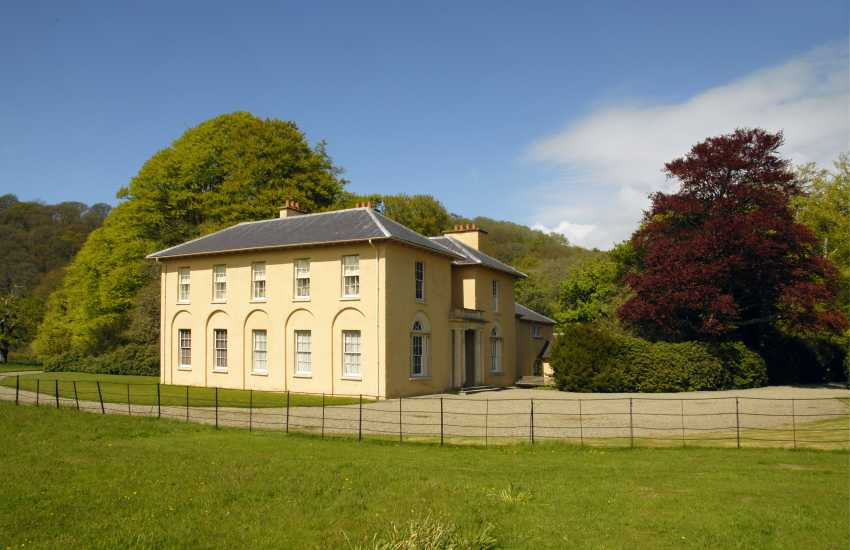 Llanerchaeon Mansion is an 18th century Welsh gentry estate owned by the National Trust and offers a fascinating glimpse into life long ago