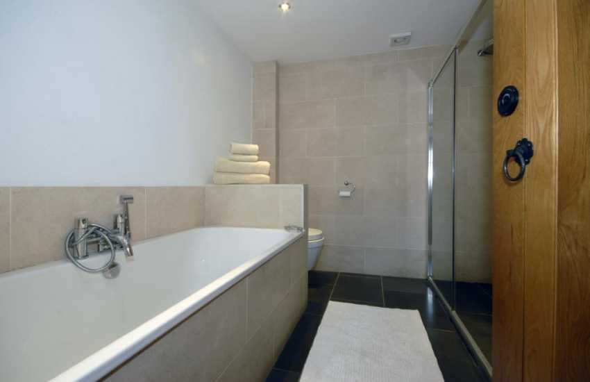 Pembrokeshire holiday cottage - luxury bathroom with double walk-in shower