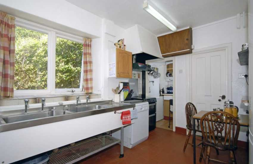 North Pembrokeshire coast - self catering kitchen