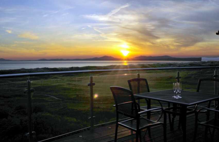 Harlech holiday house views over St Davids Golf Course