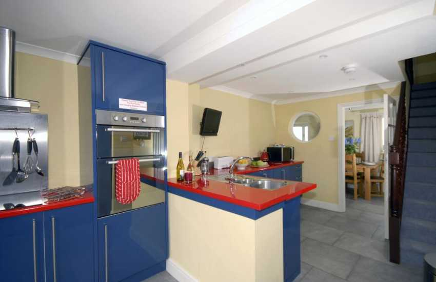 Self-catering cottage near Saundersfoot - modern, luxury kitchen
