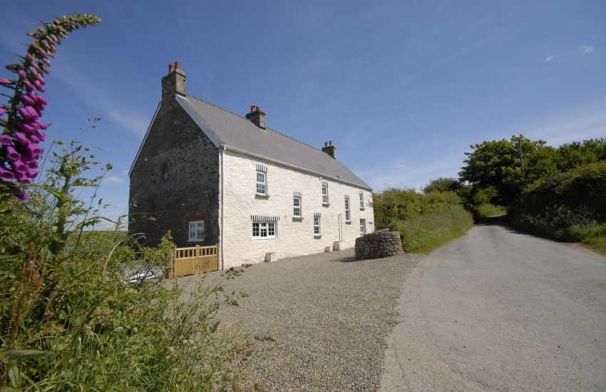 Period Welsh farmhouse in a rural setting a short drive from Nolton Haven Beach.