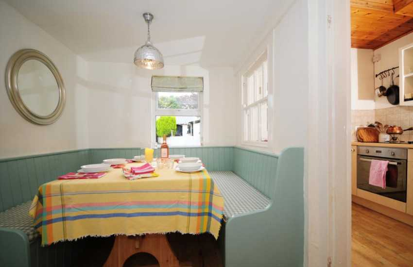 Holiday cottage on the Lleyn Peninsula - dining room
