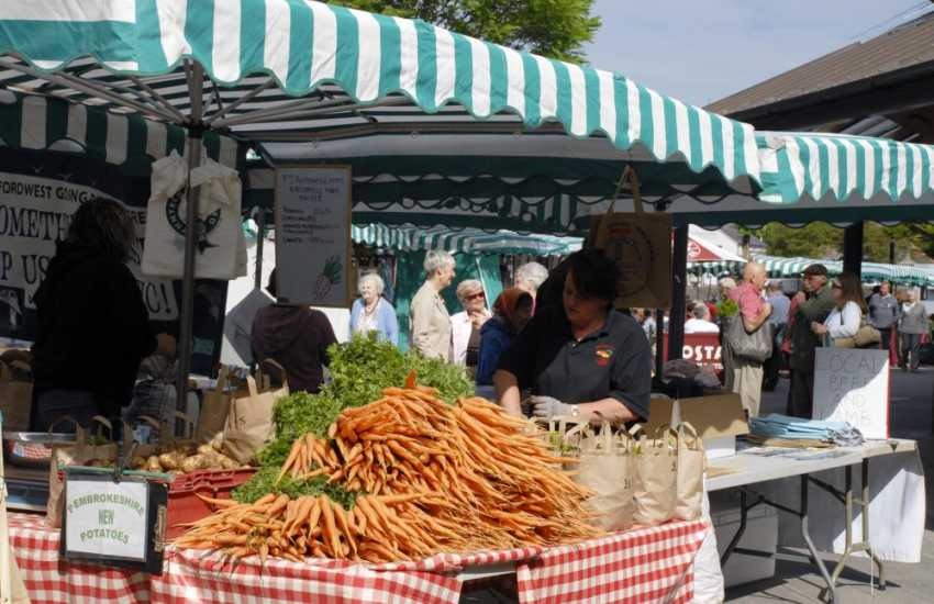 The award winning Riverside Farmers Market in Haverfordwest has a wide choice of local seasonal Pembrokeshire produce on offer every Friday throughout the year