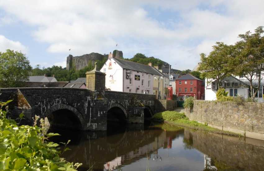 The county town of Haverfordwest is a short drive away with a leisure centre, cinema, pubs, restaurants, individual shops