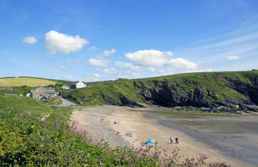 The Mariners Inn overlooks the sheltered little cove of Nolton Haven