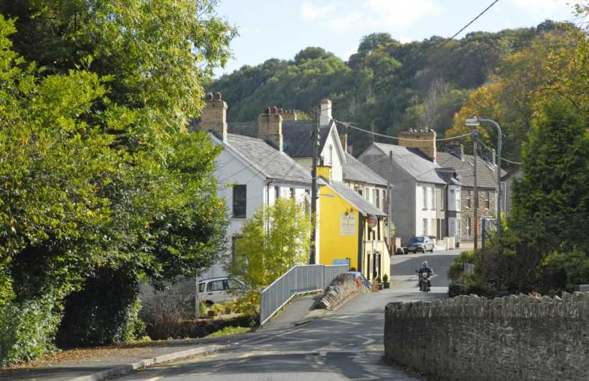 Rural Carmarthenshire - escape the pressures of the modern world and enjoy woodland walks, sleepy villages and traditional market towns