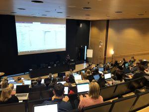Senior Web Analyst Sanna Åman leading the class in Quru's GAIQ training.