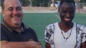 Musa Fatty somia en poder jugar amb la selecció de Gàmbia