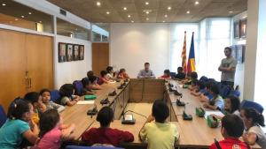 Visita dels alumnes de 3r de l'escola l'Esculapi a l'Ajuntament
