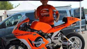 El pilot Joan Santos canvia d'equip, de moto i de categoria