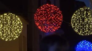 L'Escala encén l'enllumenat nadalenc