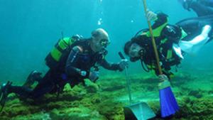 Neteja del fons marí de l'Escala