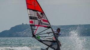 La disciplina del wind-foil, la gran novetat del mundial de Windsurf