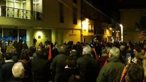 La convocatòria de vaga acaba amb una concentració a la plaça de l'Ajuntament