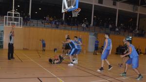 Partits decisius pel bàsquet i tennis taula