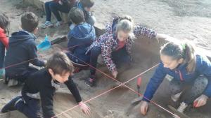 Taller infantil d'arqueologia al Museu d'Empúries