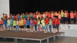 Els alumnes de l'escola Empúries fan el Concert de primavera