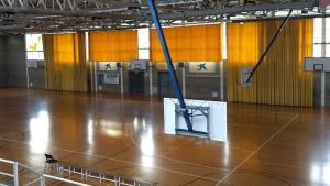 Entrenaments i partits ajornats i instal·lacions esportives tancades