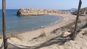El temporal deixa al descobert part de l'antic port d'Empúries