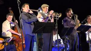 La Vella Dixieland actua al Club Nàutic
