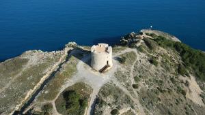 Nova vista a la Torre de Montgó