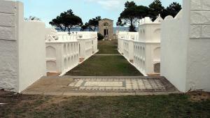 Rehabilitaran el Cementiri Marí del nucli antic de l'Escala