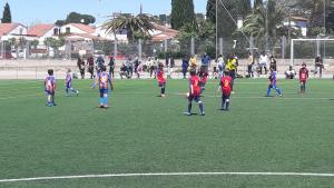Un centenar de jugadors en el torneig prebenjamí del FC l'Escala