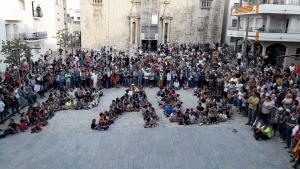 Un miler de persones a la plaça de l'ajuntament 3 Oct
