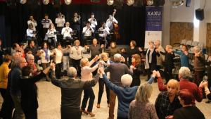 Concert de cobla, coral i piano com arrencada de l'Any Xaxu