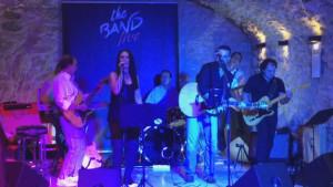 Concert solidari dels The Band a la plaça Víctor Català