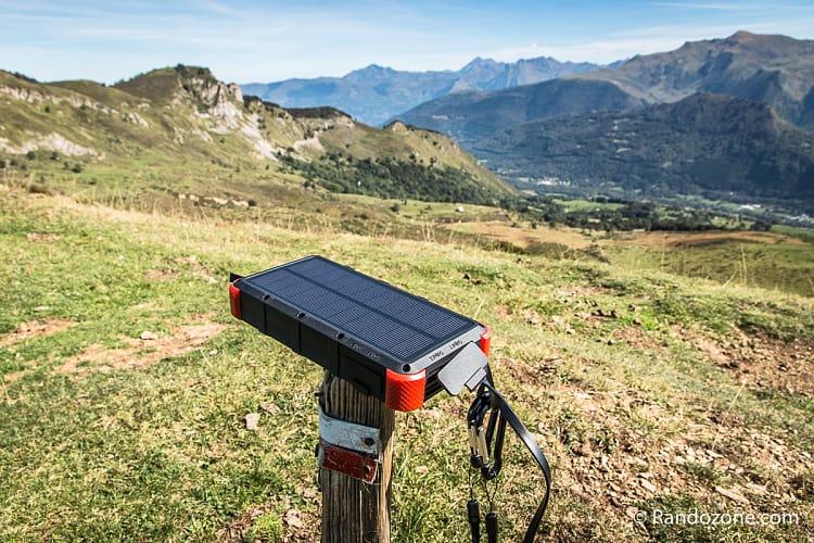 Test de la batterie solaire Outxe 20000mAh